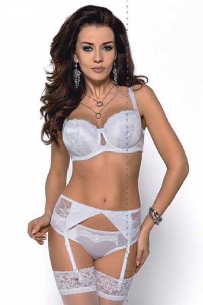 Abigail-brazilian valkoinen