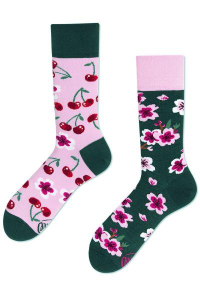 Many Mornings Cherry Blossom Regular -sukat 1 pr  35-38, 39-42, 43-46 R69