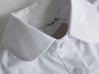 Minimal lyhythihainen paitapusero valkoinen