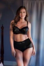 Charlotte-korkeavyötäröiset alushousut musta