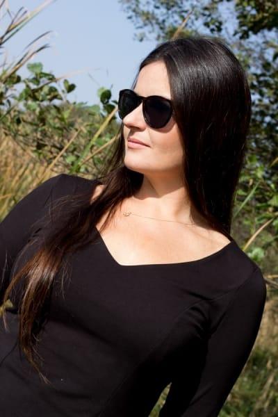 Veka-paita musta